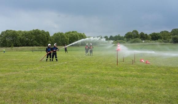 Zawody Sportowo-Pożarnicze w Podcierniu