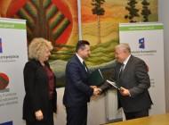 Podpisanie umowy nadofinansowanie budowy kanalizacji