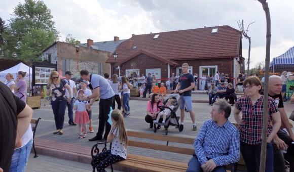 Otwarcie rozbudowanej Gminnej Biblioteki Publicznej – Kulturoteki w Cegłowie połączone z Piknikiem Ekologicznym Dzień Ziemi